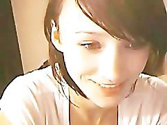 Cute Brunnette Teen Fingering On Webcam